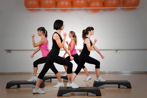 AEROBIC TOTAL BODY - Upgrade aerobico e coreografato del Total Body Basic.