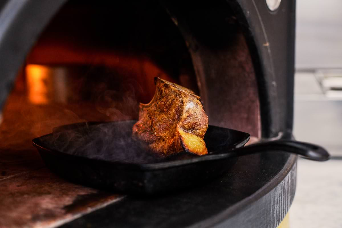HH Stockwell Continental Beef Ribs in Pizza Oven 005.jpg