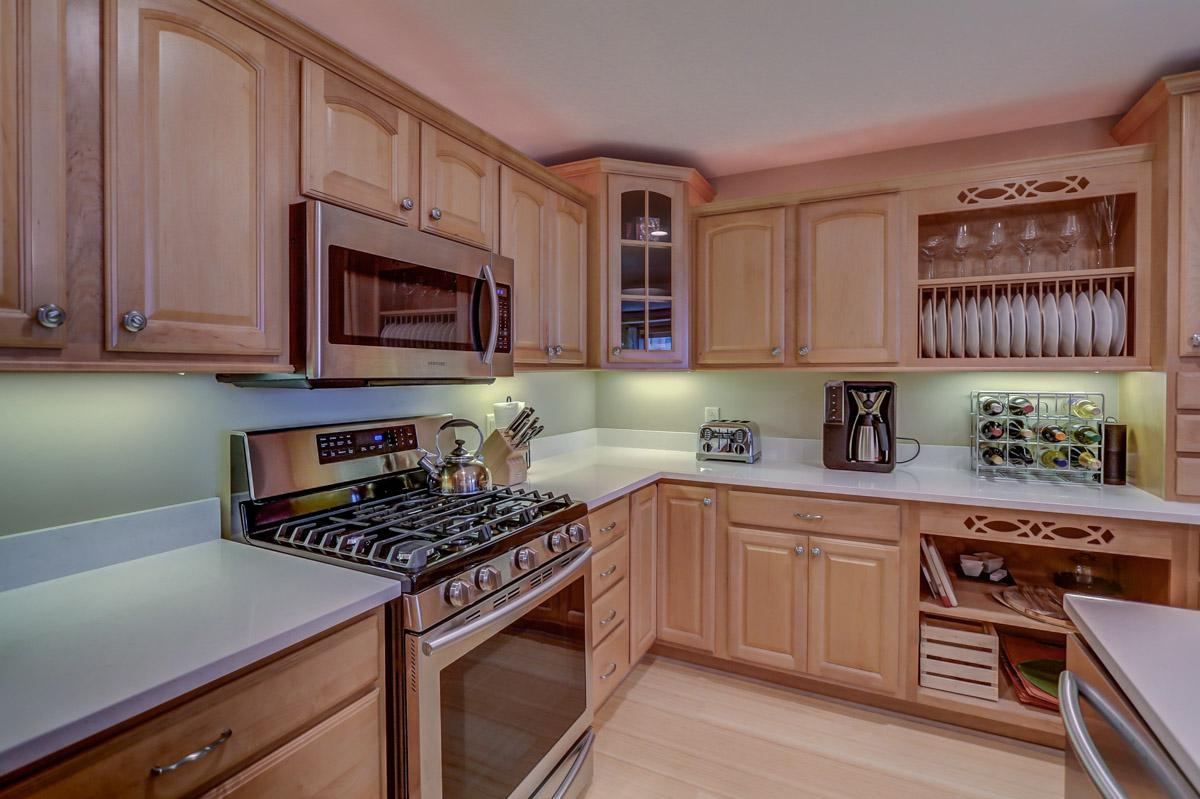 123 W. Washington Ave, Unit 506 Madison, WI 53703 - Kitchen2.jpg