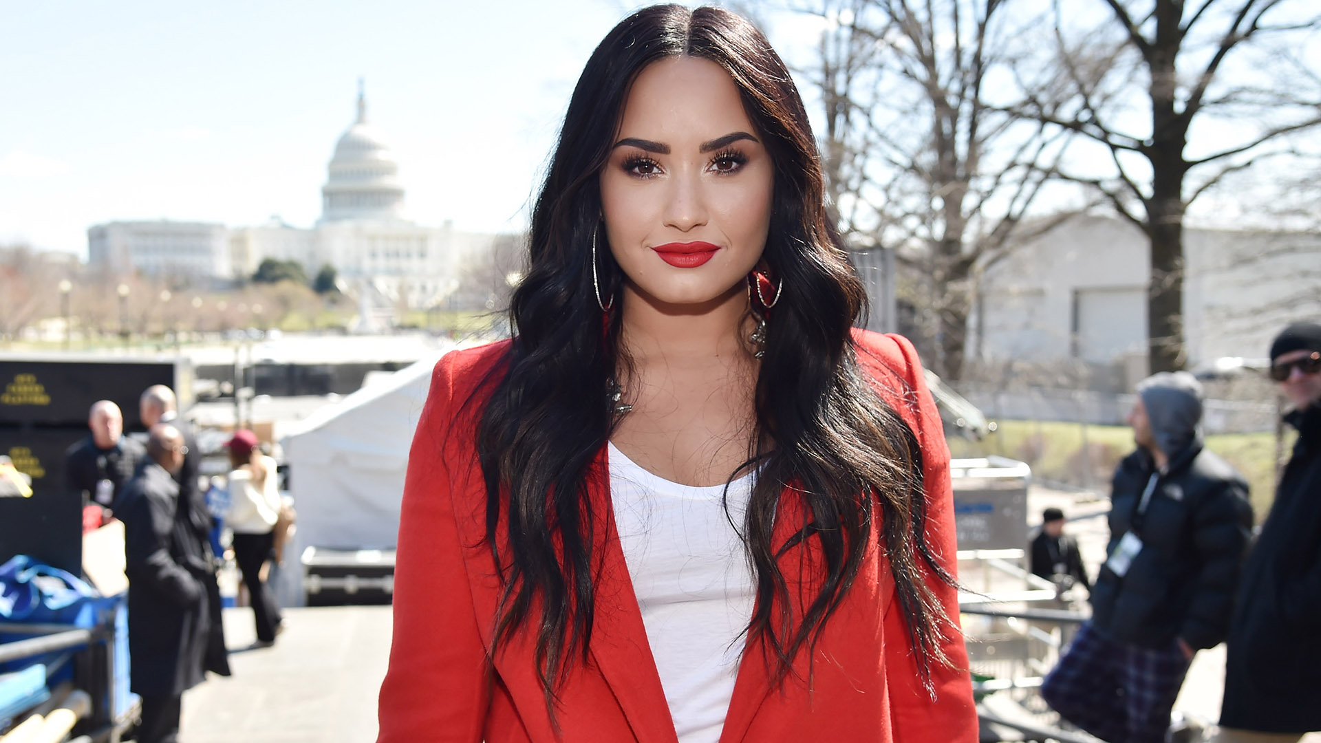 Demi Lovato's Self-Esteem Tip for Instagram - Demi has been a strong advocate for body positivity and eating disorder awareness for years. She recently spoke out about fitspo Instagram accounts and how they do more harm than good. She stresses others to workout for themselves- not to look like someone else.
