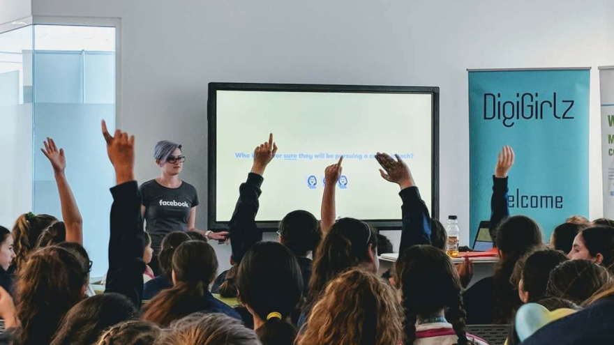 Microsoft's DigiGirlz Day For Young Maltese Women - 80 female students recently attended an event at the Microsoft Innovation Centre in Malta celebrating women in the tech industry. One event called Digigirlz Day gave the girls the opportunity to explore careers in technology, talk with Microsoft employees, and participate in digital Lego Education workshops.One speaker, Rachel Gauci, who works as a software engineer for Facebook in London, spoke to the versatility of IT. IT is found in countless industries and careers, and a 2017 Unesco global survey estimated that 98% of STEM-related jobs will require ICT skills. Yet, in Europe, only 4 out of 1,000 female graduates went on to have ICT careers.