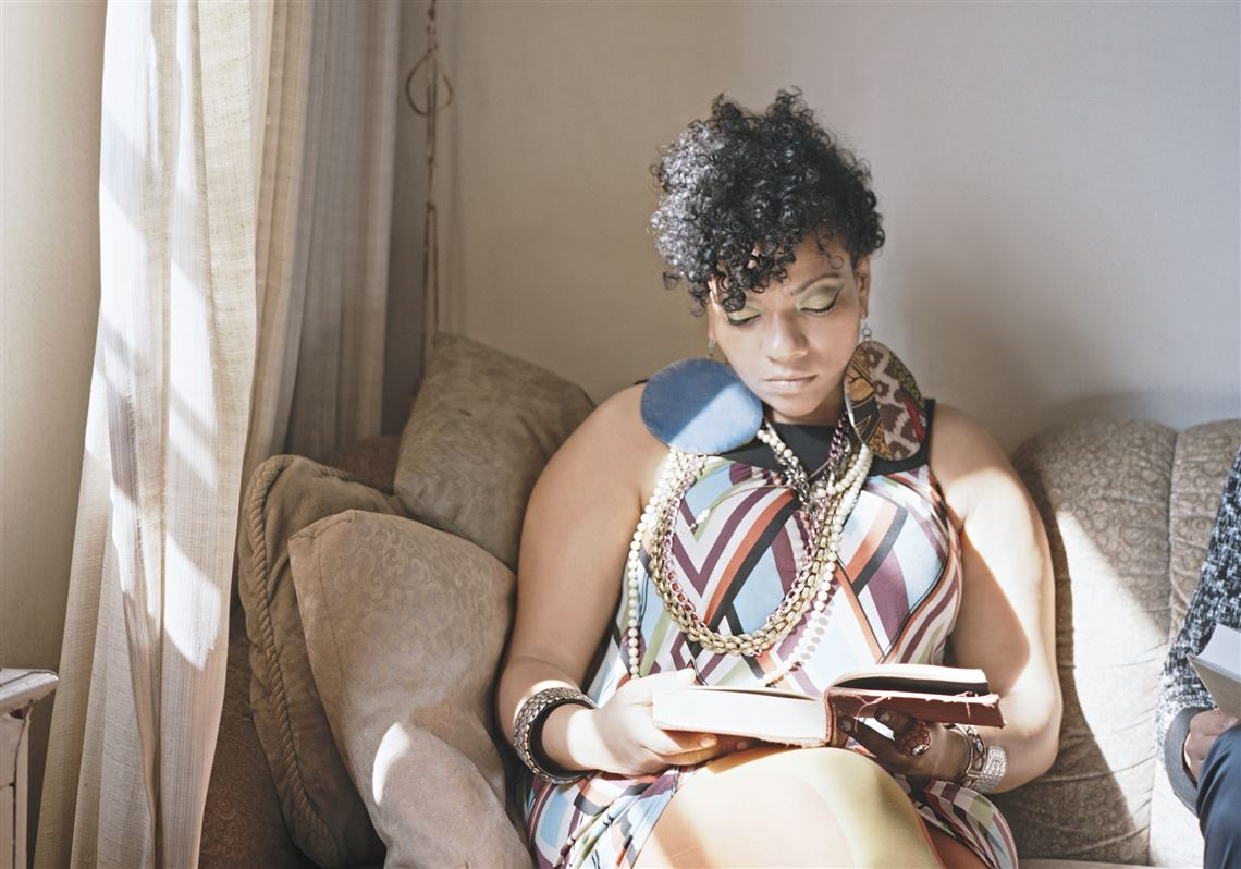 Reading Women'- Photo series examines roles of women in art, literature.jpg