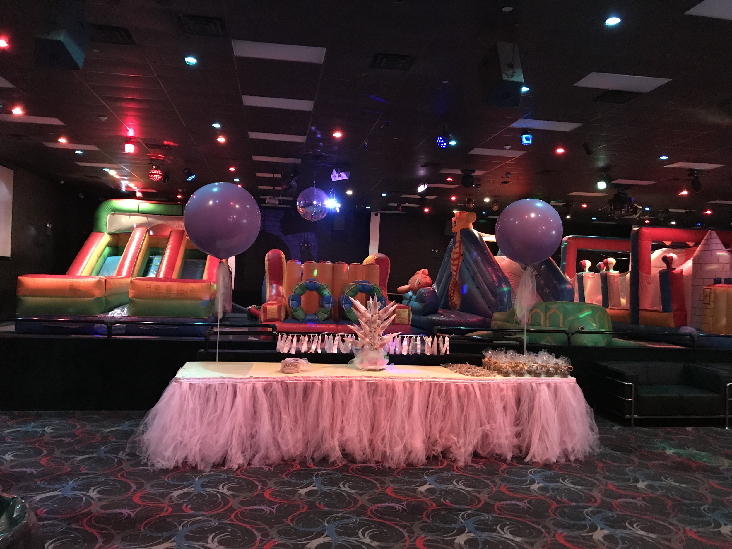 Ultimate Bounce Birthday Party 10.jpeg