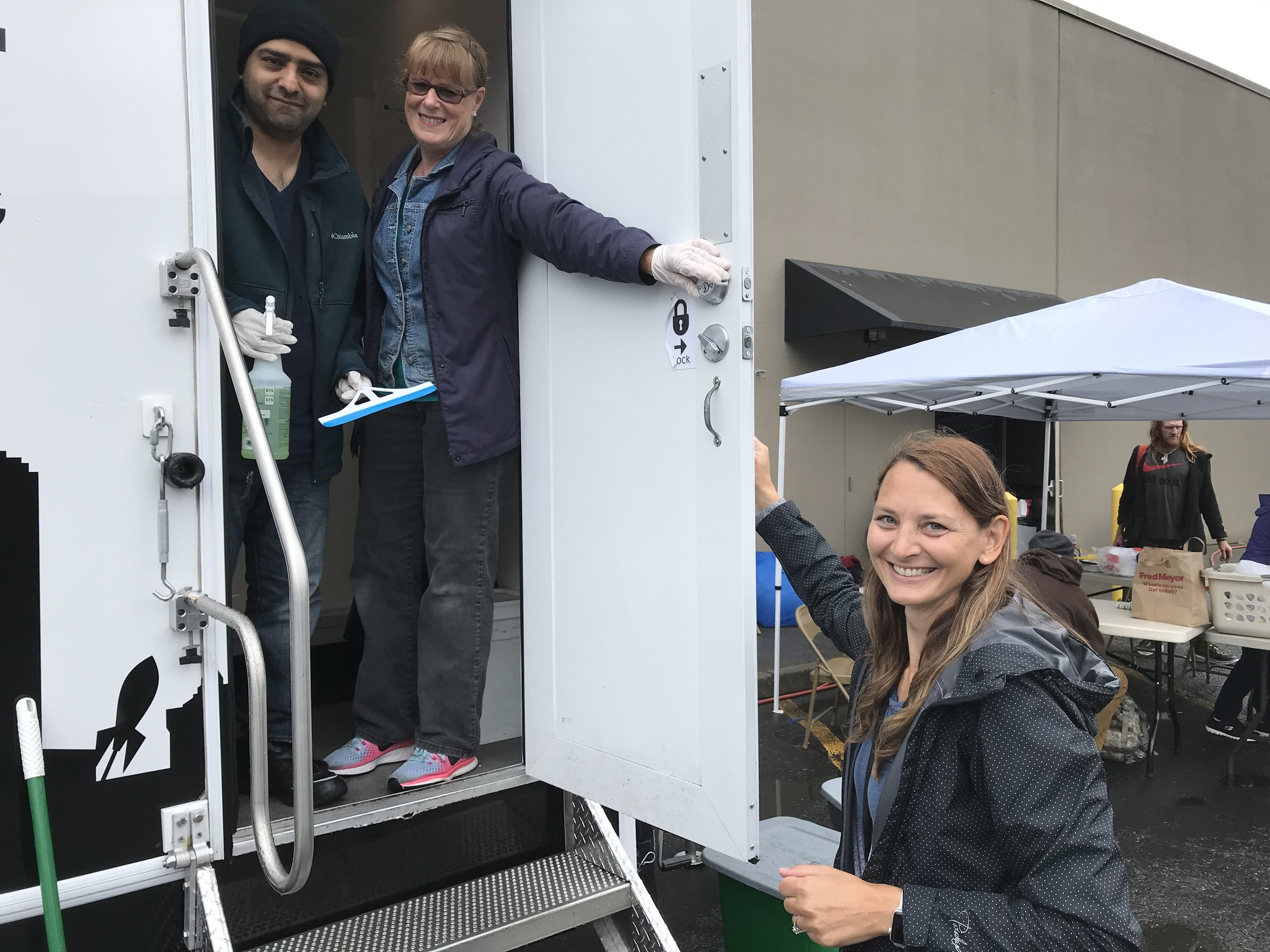 We added  13  new volunteers to the team that hosts the Lighthouse Mission's Shower Connect trailer each Friday at CTK. This allows us to continue this important ministry through the winter months!