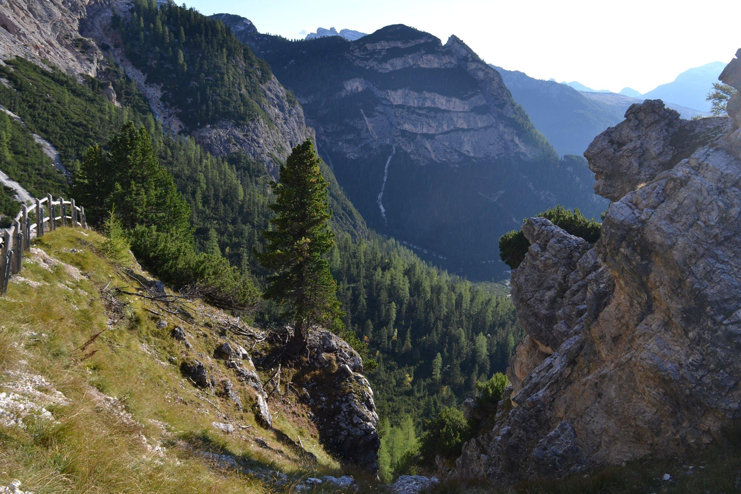 mountains-2807715.jpg
