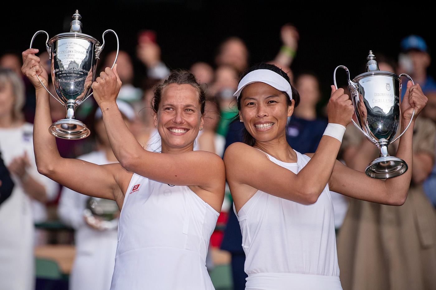 Wimbledon finals ladies doubles.jpg