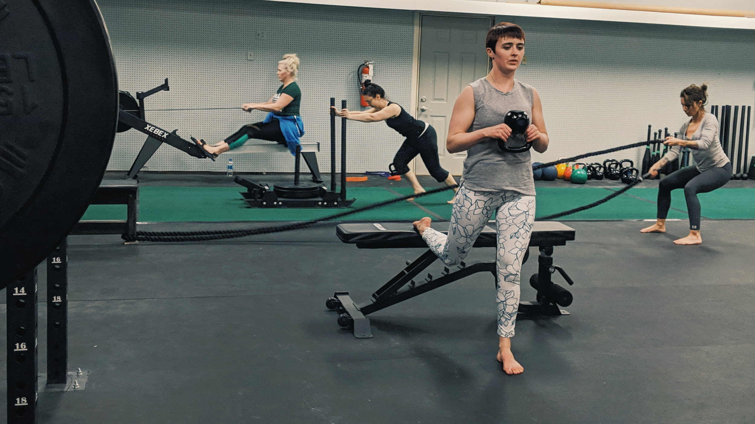 Flex Fit - Feel like an accomplished badass with workouts designed to challenge you physically and mentally. Battle ropes, sled drives, row machine, swings, jumps and pulls, you name it, we got you covered.This is High Intensity Interval Training at its finest.