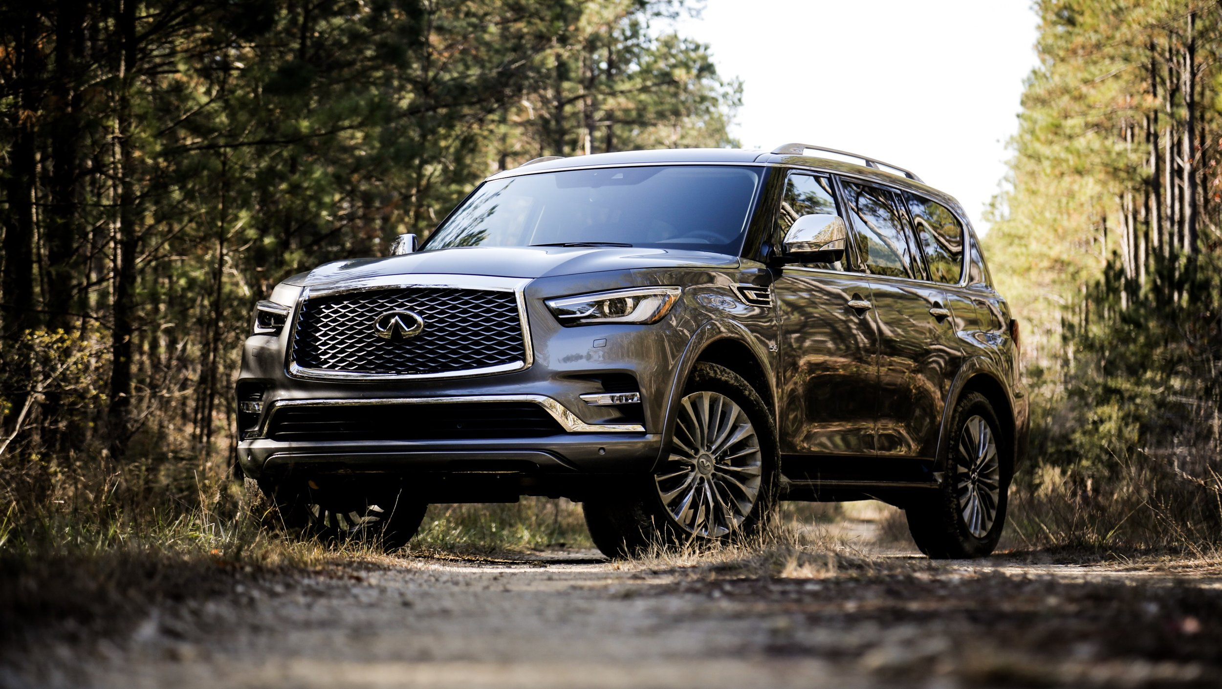 Can this mid-cycle refresh on a seven-year-old platform keep the big luxury SUV relevant into the next decade? - Infiniti Qx80