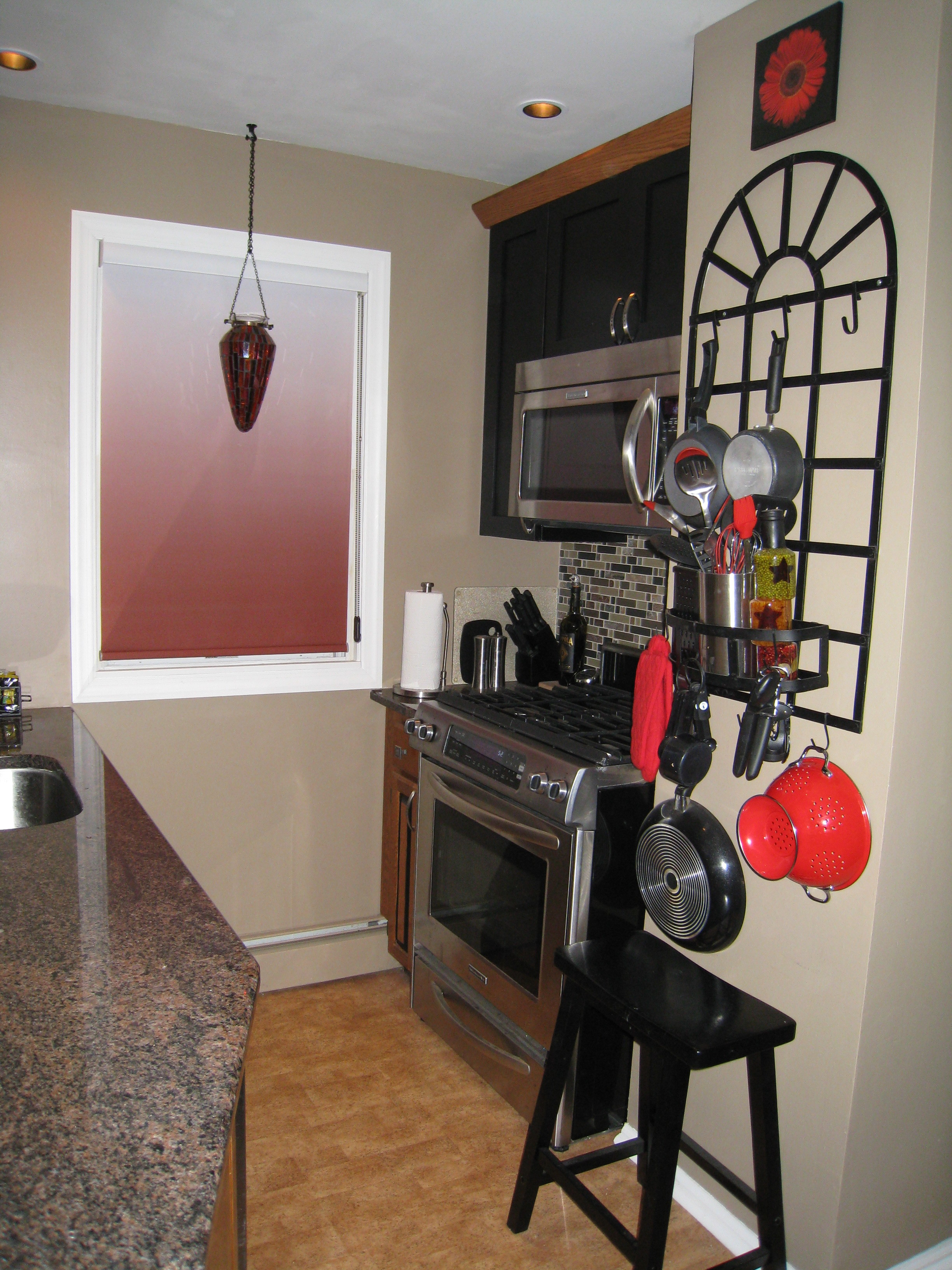 Lin kitchen afterIMG_2813.jpg