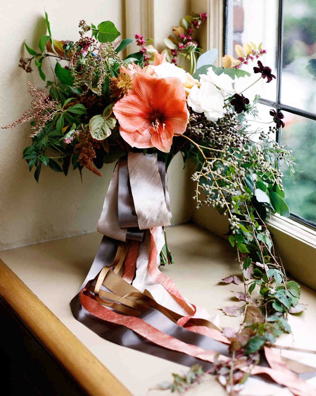 Floral by    McKenzie Powell    and Image by    Belathée Photograph   y