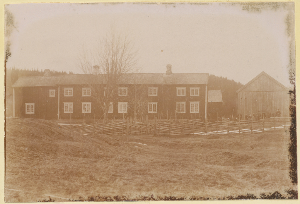 A picture of our farm. Probably taken in 1890.