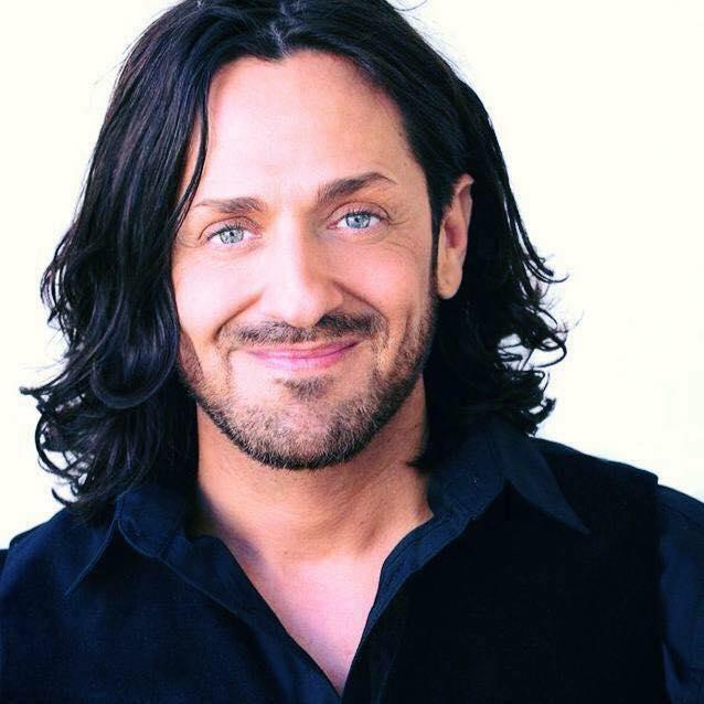 Além de Raven, Curtis Foreman, que é cabeleireiro de RuPaul, ganhou Emmy.