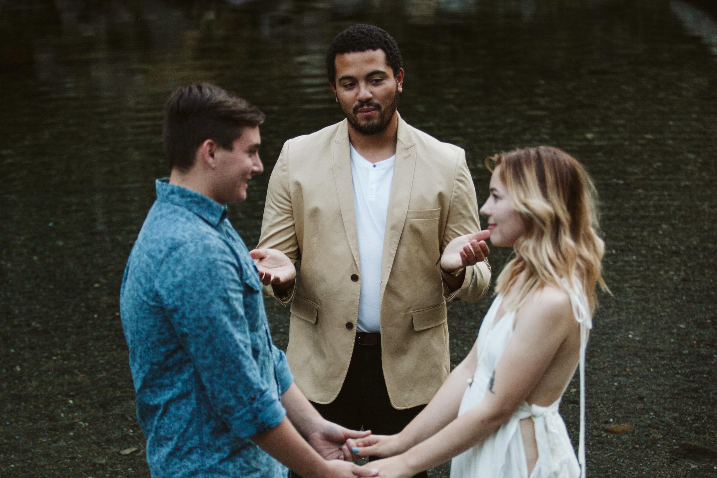 Hannah&Ben_Redwoods_Elopement_Engagement_PNW_SouthernOregon_NorthernCalifornia_ (15 of 23).jpg