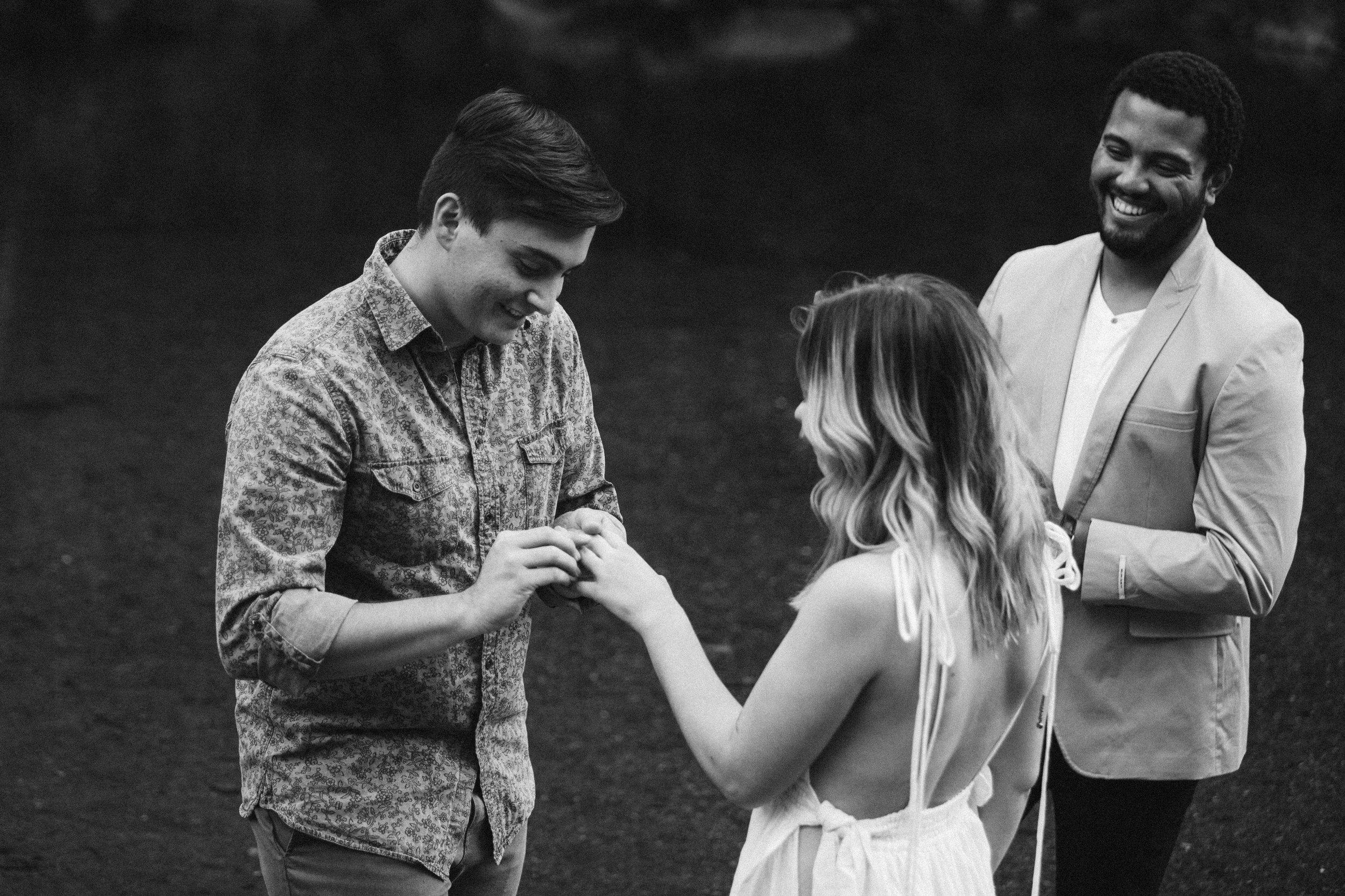 Hannah&Ben_Redwoods_Elopement_Engagement_PNW_SouthernOregon_NorthernCalifornia_ (19 of 23).jpg