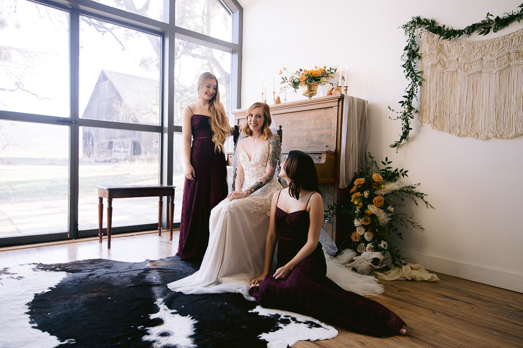 Southern Oregon Bride and Two Bridesmaids
