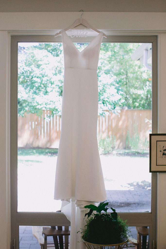 Simplistic Bridal Gown Hanging | Southern Oregon Wedding Photographer
