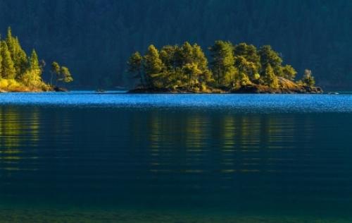 Canada-Cowichan-Lake.jpg