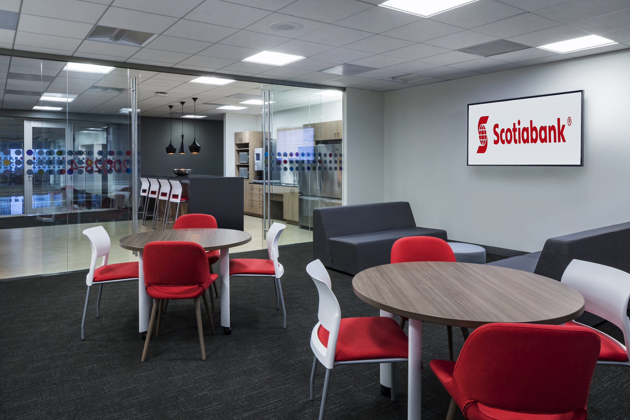 Scotiabank: 20 Queen St. W - 18,000 SF