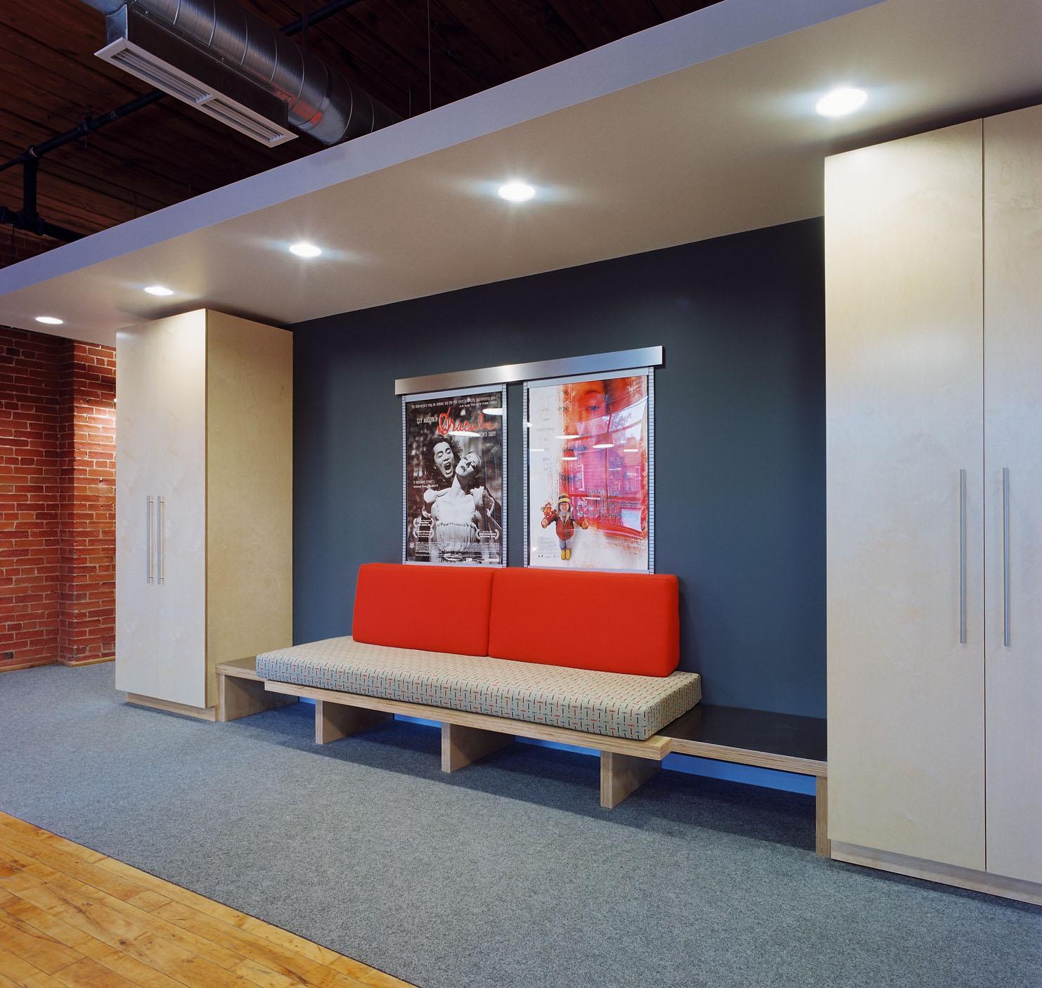 loungeA1s.jpg