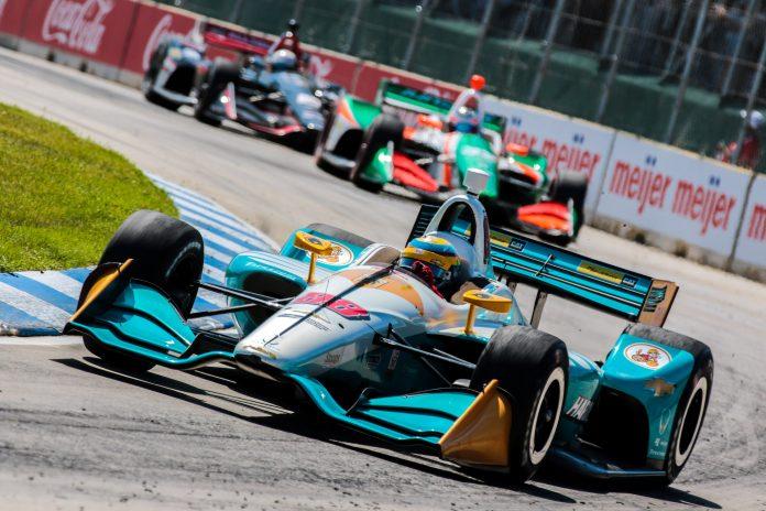 Chaves-corners-Harding-IndyCar-at-Detroit-Grand-Prix-696x464.jpg