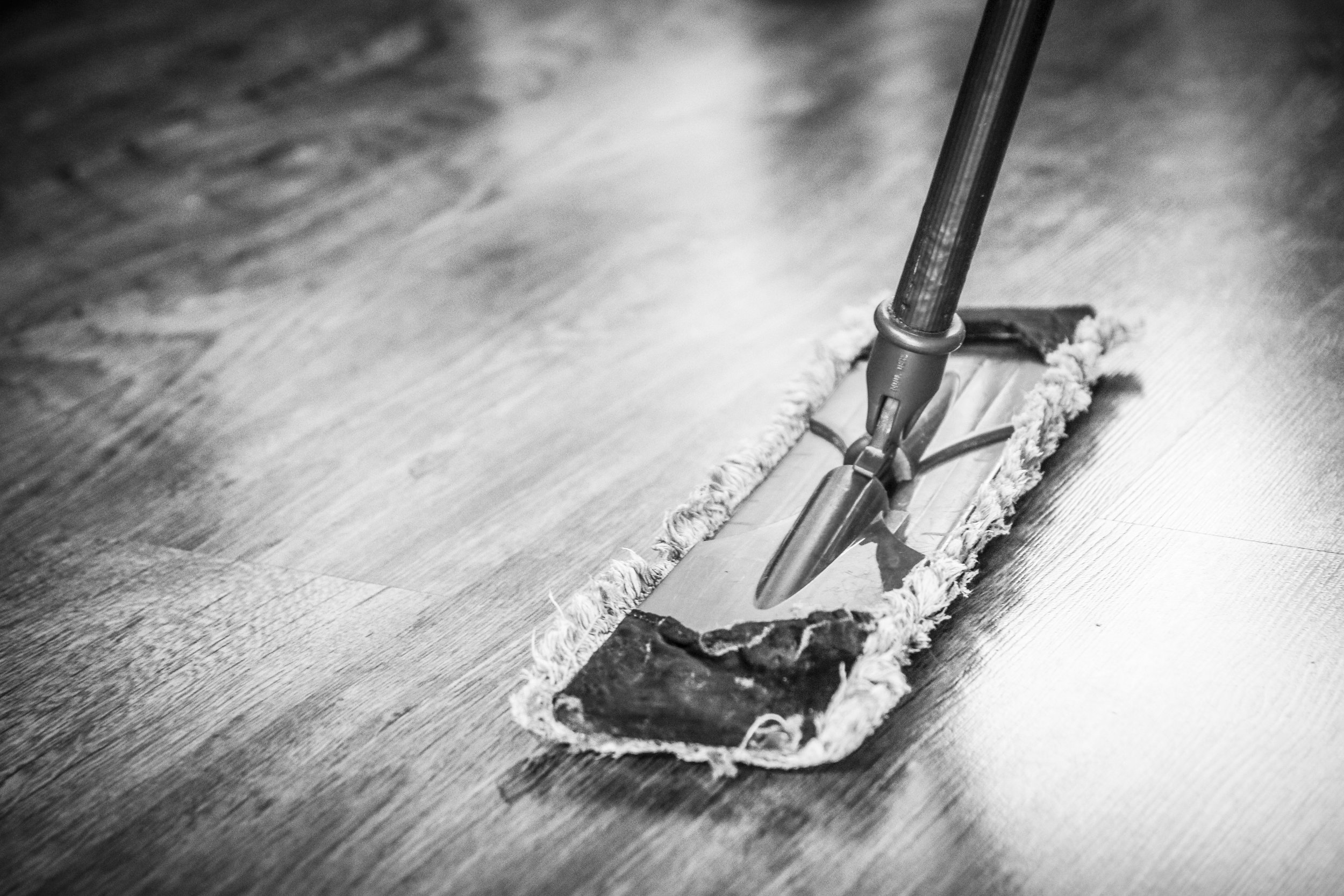 HOME & GROUNDS TEAM   Keep our building and the surrounding area beautiful through weekly grounds (indoor and outdoor) housekeeping and maintenance, as well as coordinating seasonal church-wide cleanup initiatives.