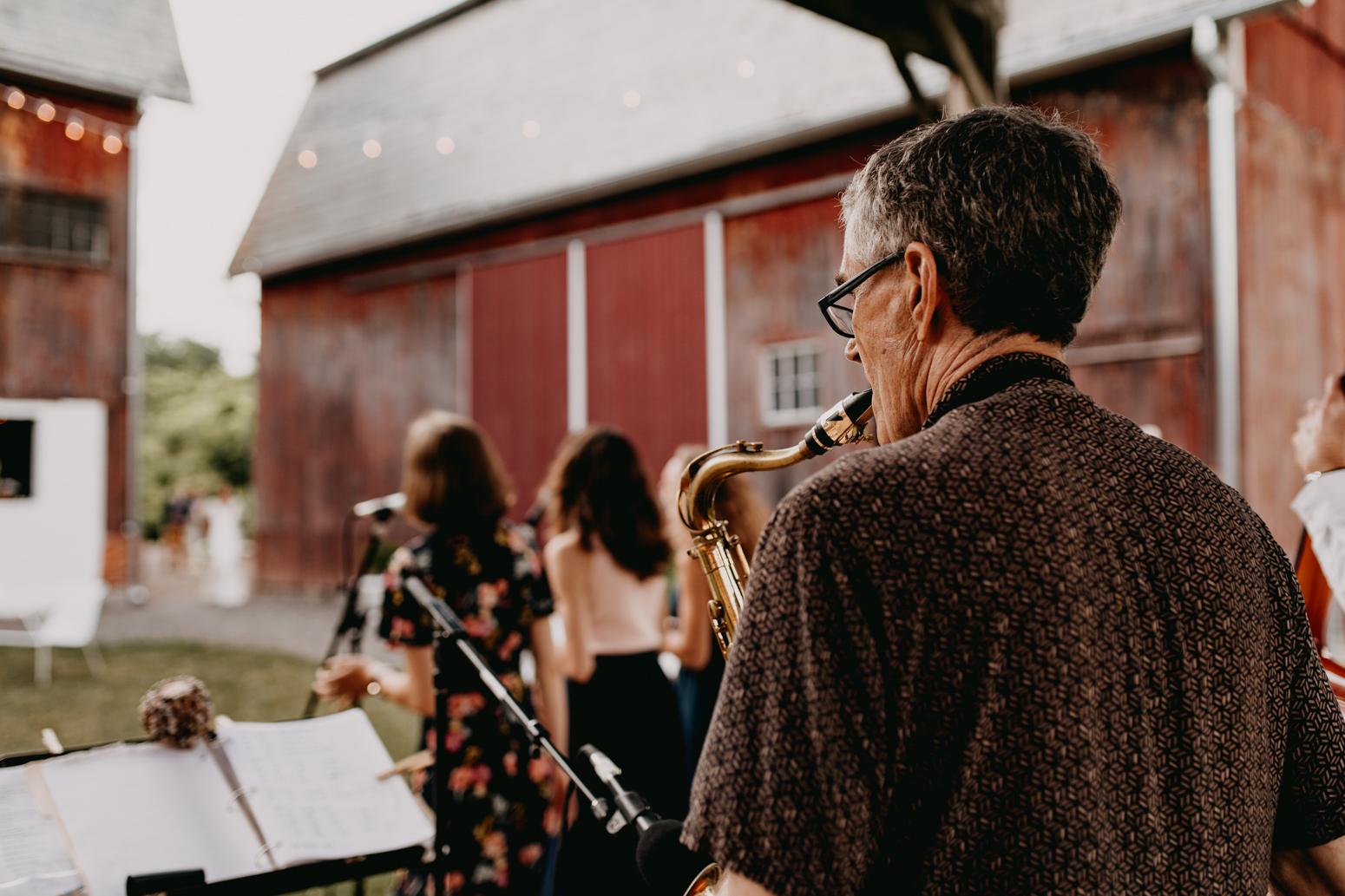 Rochester, NY Wedding Photographer-111b.jpg