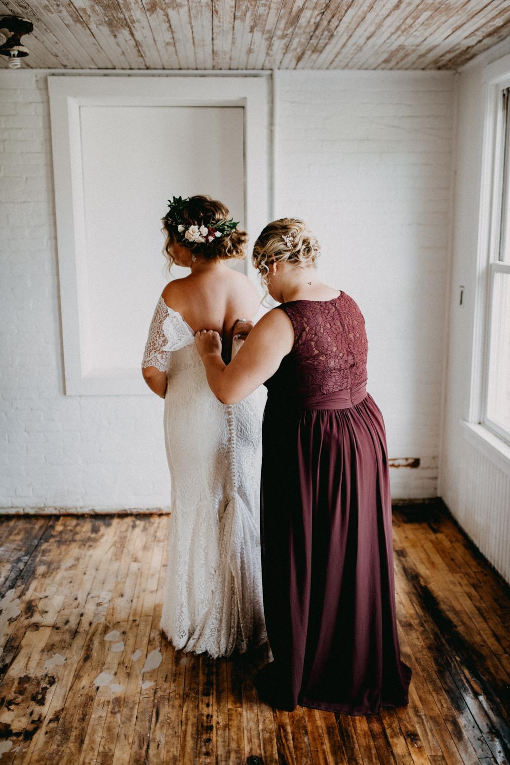 Rochester, NY Wedding Photographer (16 of 149).jpg