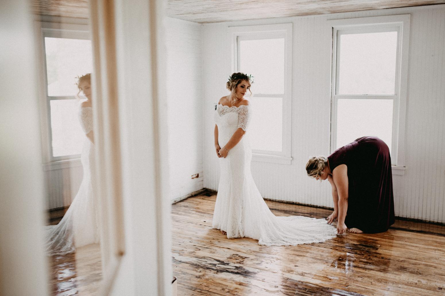 Rochester, NY Wedding Photographer (20 of 149).jpg