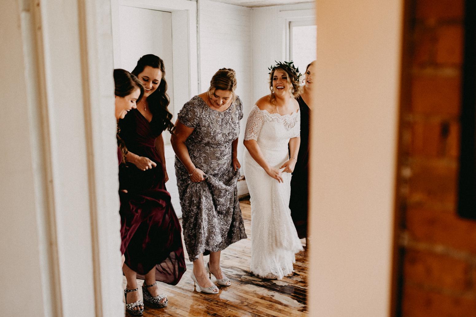 Rochester, NY Wedding Photographer (28 of 149).jpg