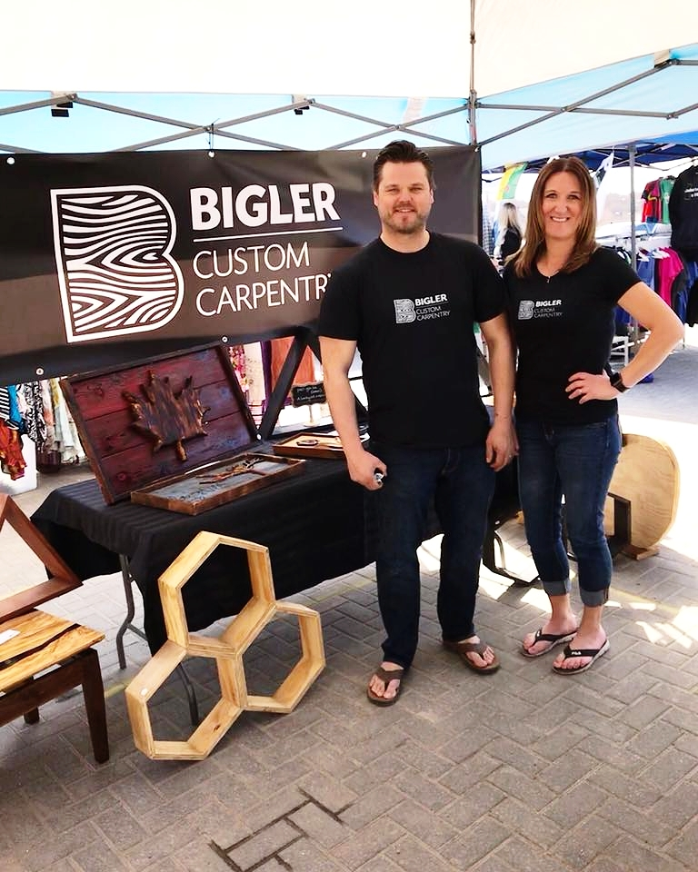 Visit us at the Saskatoon Farmers' Market every Saturday. We offer free delivery in Saskatoon!