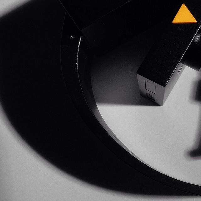 #watches #watchgeek #watchcollector #watchoftheday #watchaddict #watchshop #watchesofinstagram #watchporn #watchnerd  #madice #madiceny  #newyork #newtech #instatechnology #instatech #instaart #industrialdesign #designoftheday #smartdevice #smartwatch #smartpair  #innovation #tech #watch #innovative #minimalist #design #designs #artistic #kickstarter