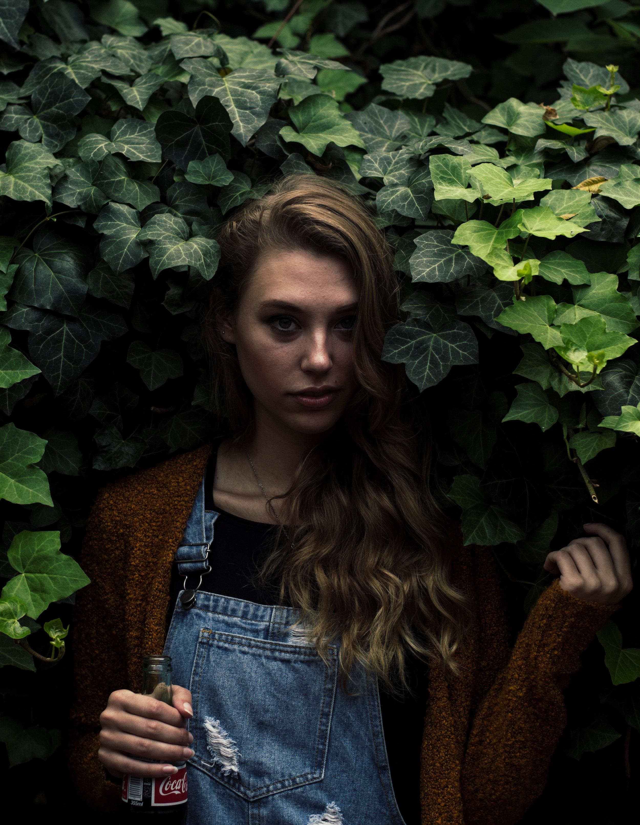 Mackenzie - Actress / Model / Student