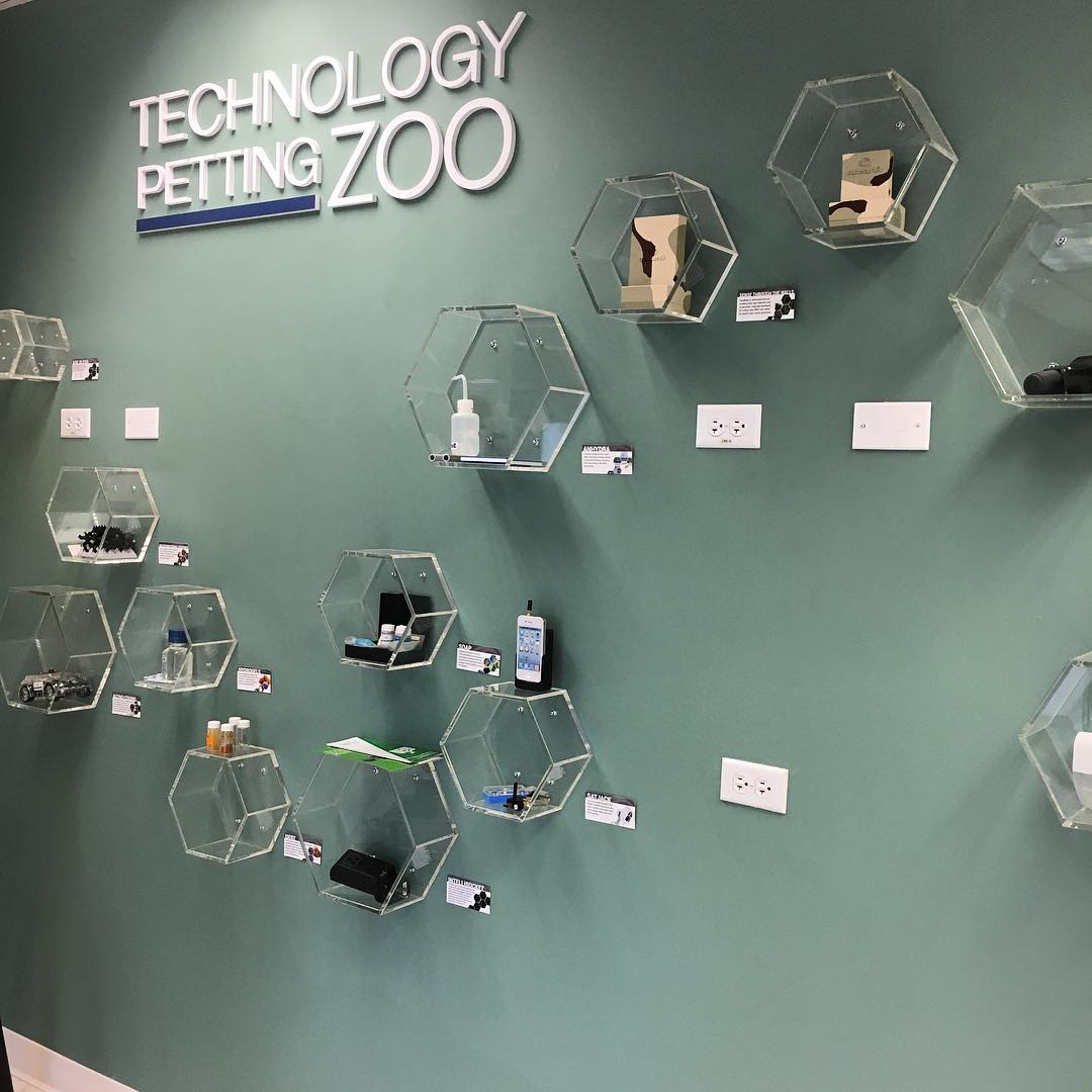 OCEANIT TECHNOLOGY PETTING ZOO