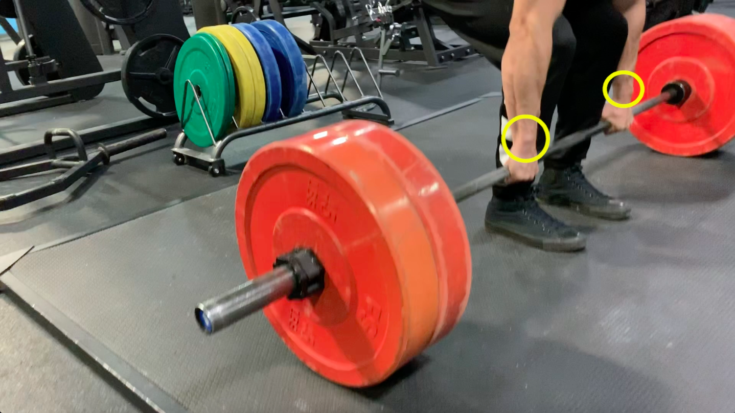 should I use wrist wraps for deadlifts