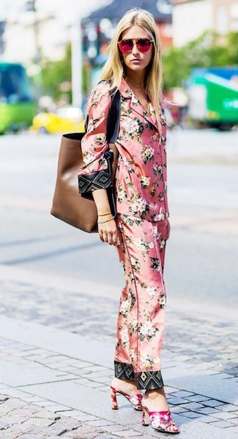 Flower Power - This look is all about comfort and style, silk fabrics exude chicness and that's what makes this look so amazing. If you want to try this look search for a print that you love and will feel comfortable wearing from head to toe, pair it with chic mules or a block heel sandal for a more current look.