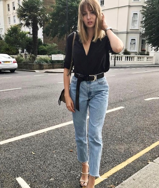 mom jeans - The MOM jean dominated the scene in 2017 and its still going strong. Its very similar to the high waist straight leg except the leg tapers in at the ankle giving it a more retro feel. I love this fit in a light wash and paired with a button up shirt and heels. MOM jeans are a great alternative to skinny's, they give you the same sex appeal but with a more fashion forward feeling.