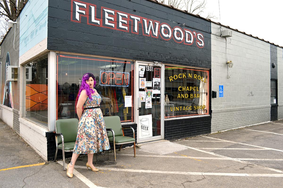 Rock n Roll Wedding in Asheville_Fleetwoods_8.jpg