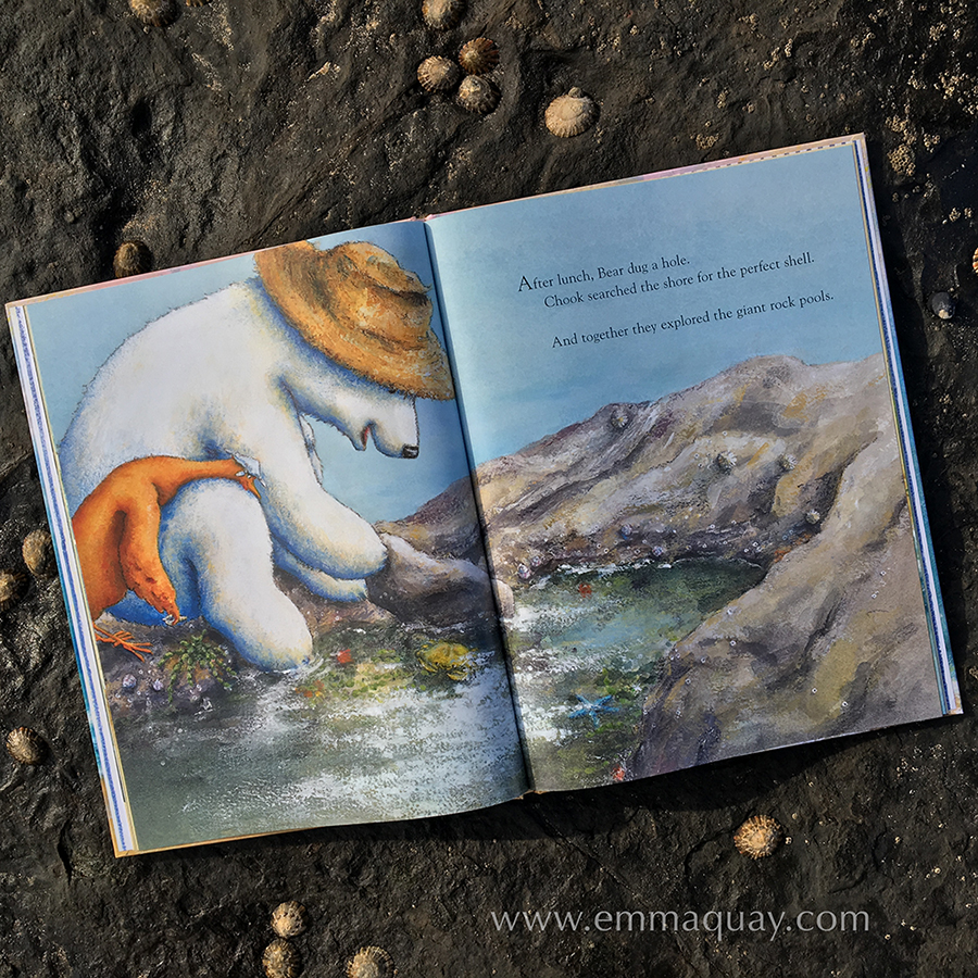 Illustration fromBEAR AND CHOOK BY THE SEA by Lisa Shanahan and Emma Quay(Lothian Books) • http://www.emmaquay.com