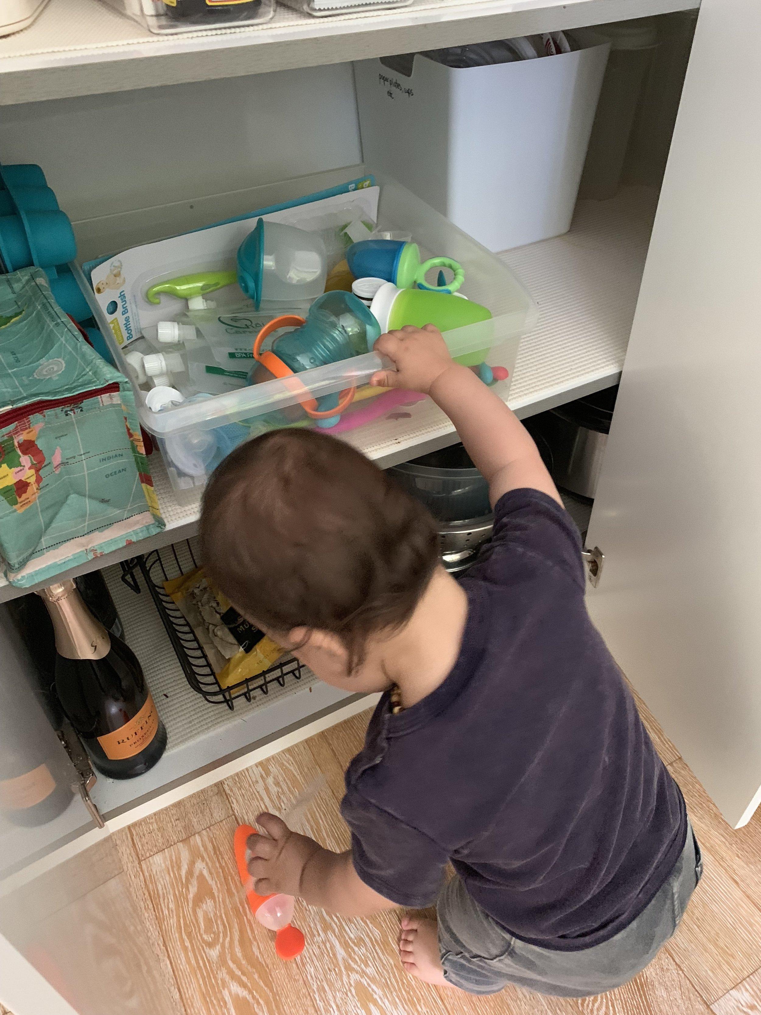 The Otis shelf in action