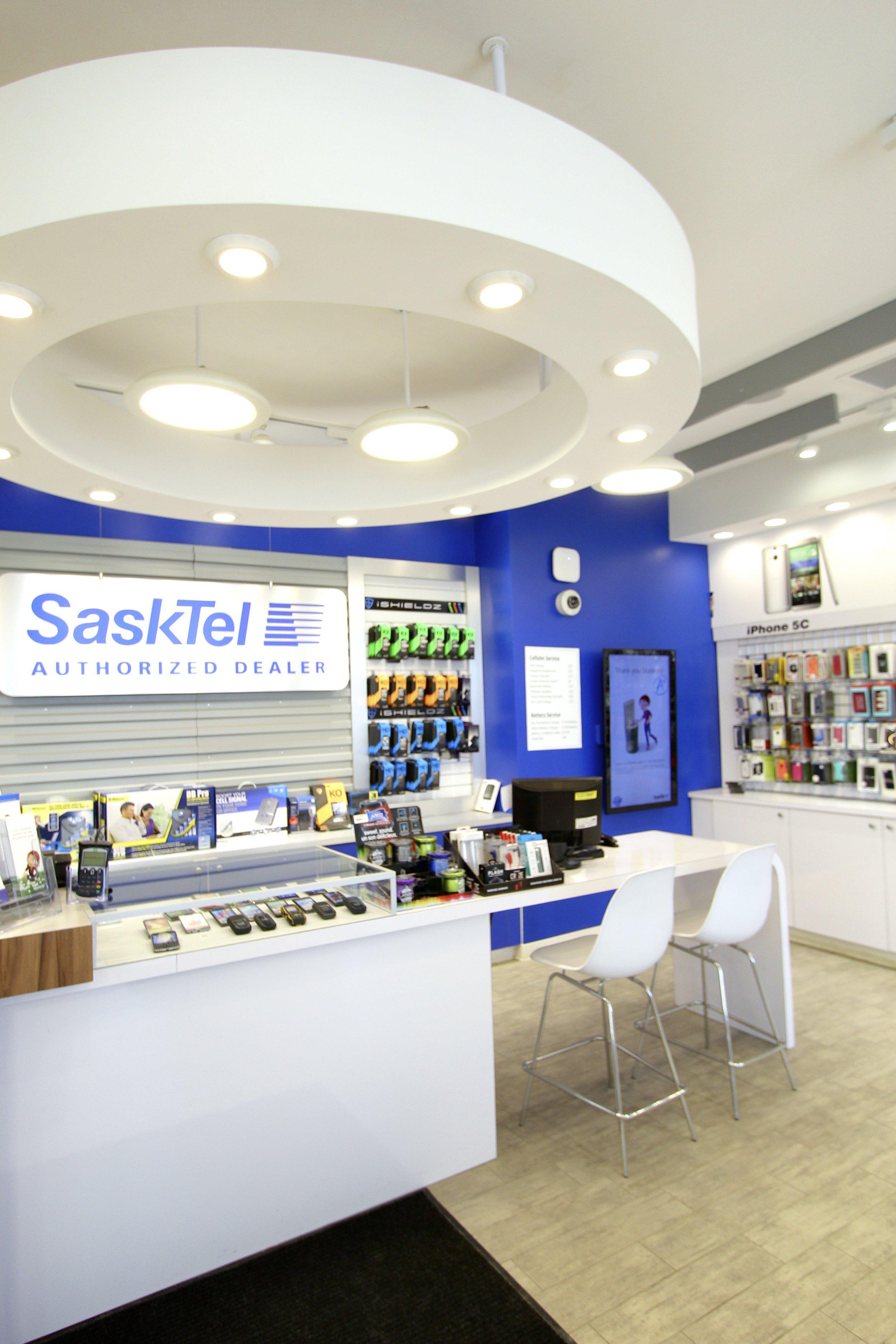Metric Design Centre, Interior Design, Saskatoon, Renovation, Best, Commercial, Retail, Cell Phones, Lighting, Display, Front Desk, Bulkhead, Battery Boys.jpg
