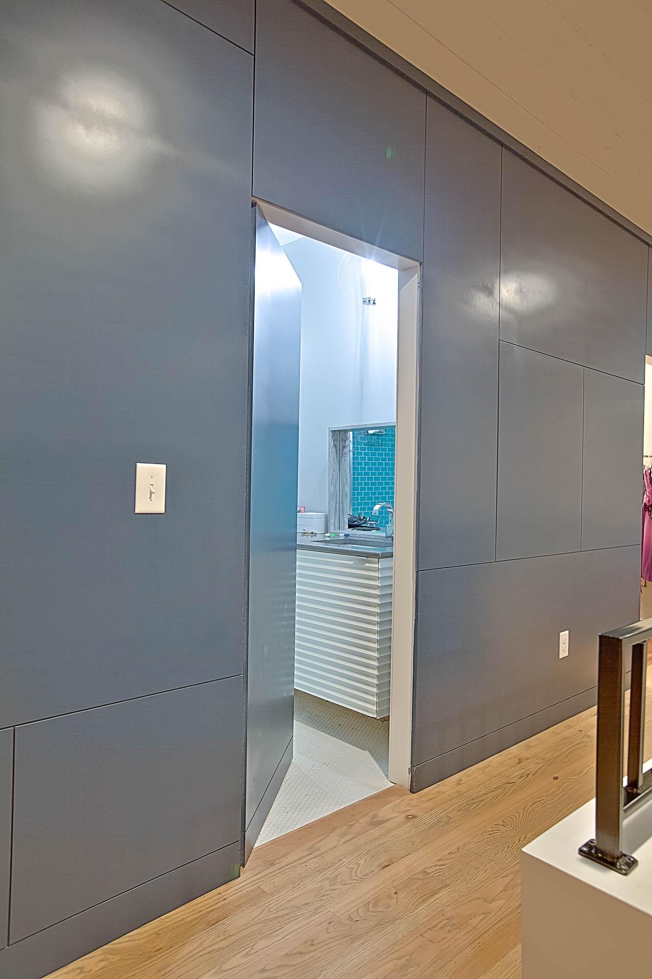 12-Room_Door.jpg
