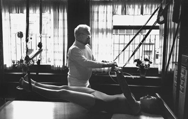 Uncle Joe teaching Breathing on an original Cadillac. Look at her perfect form!⠀⠀⠀⠀⠀⠀⠀⠀⠀ .⠀⠀⠀⠀⠀⠀⠀⠀⠀ .⠀⠀⠀⠀⠀⠀⠀⠀⠀ .⠀⠀⠀⠀⠀⠀⠀⠀⠀ .⠀⠀⠀⠀⠀⠀⠀⠀⠀ .⠀⠀⠀⠀⠀⠀⠀⠀⠀ .⠀⠀⠀⠀⠀⠀⠀⠀⠀ #pilates #ilovepilates #transformation #workout #workoutoftheday #motivation #workoutmotivation #girltribe #coreworkout #josephpilates #powerhouse #strong #toned #lookgoodfeelgood #dancer #stretch #feelgood #favoriteworkout #sweat #sweaty #tonedgirls #toneitup #realmendopilates #pilatesformen #pilatesforever #pilatesbodies #pilatesbody #pilatesreformer #pilatesbrasil #pilatesinstructor