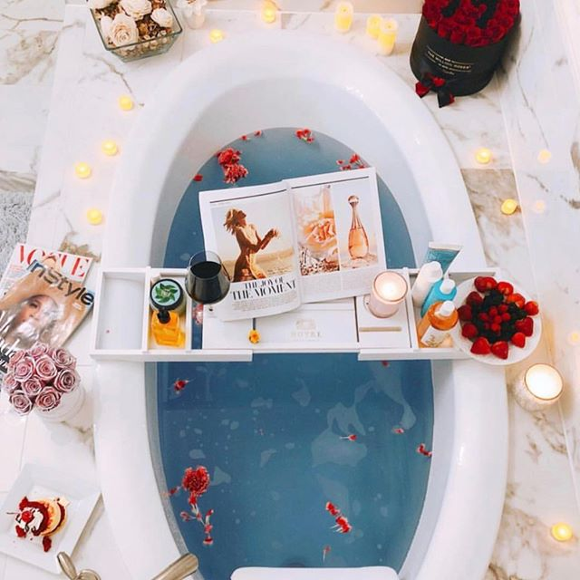 Get rid of those Sunday scaries with your own self-care routine #bathtime
