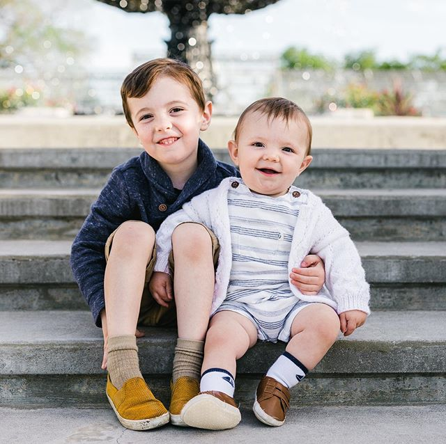 These boys. 😍  #manhattanksphotographer #familysession #familyphotography #kansasphotography #kansasfamilyphotographer #kstategardens #manhattanks
