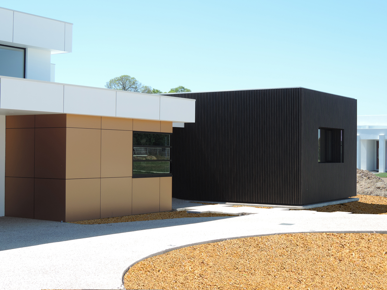 Private Residence - Traralgon VIC Ever Art Wood® battens - Kabebari 30x50 in Burakku Eboni