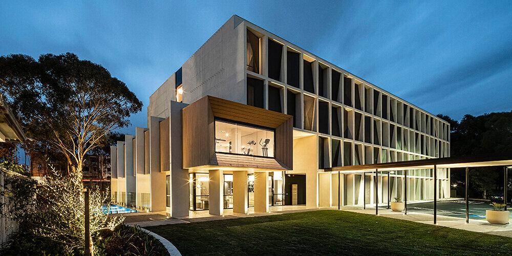 Wood-Look-Aluminium-Panels-Fiddlers-Sydney-Night2.jpg