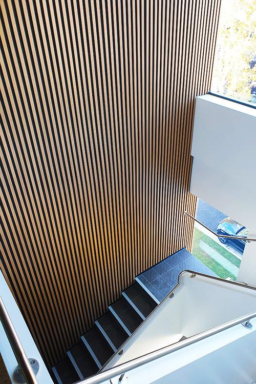 Slimline-aluminium-batten-cladding-Artamon-NSW-long-lengths.jpg