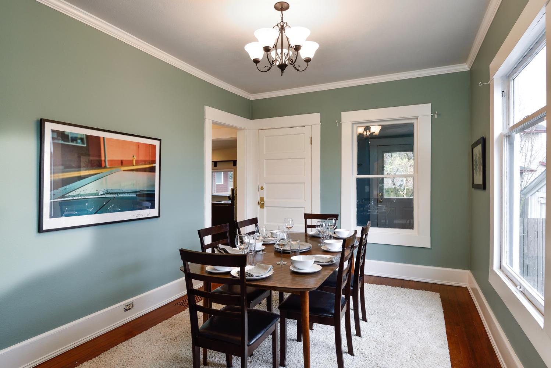 1620 N Holman St Portland OR-large-005-8-Dining Room-1499x1000-72dpi.jpg