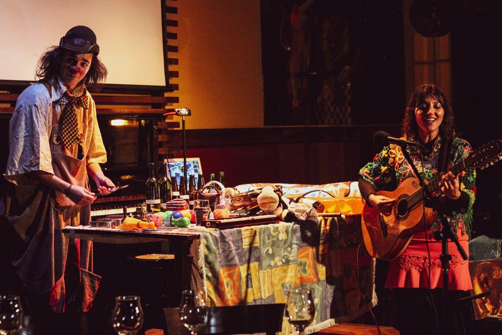 Aline Morena e o Palhaço Propício - A História Musicada do Sinhô Hermeto Pascoal