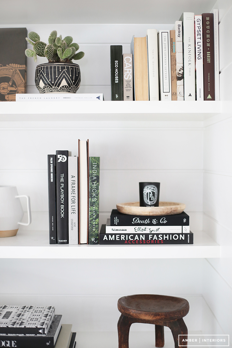 Colour Coordinated Shelfie with earthy tones and neutral colours by  @amberinteriors